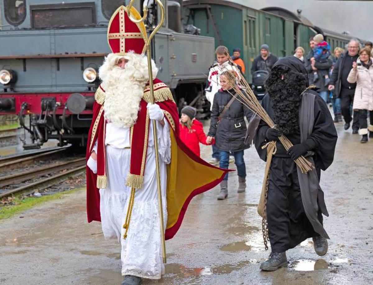 Trains St. Nicolas 2015