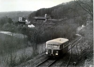 Dès octobre 1971, l'autorail Uerdingen ex-CFL Z 151<br> était le premier véhicule à pouvoir parcourir la ligne.